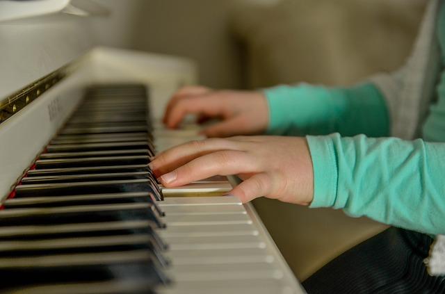 Pourquoi faire prendre des cours de musique à votre enfant ?